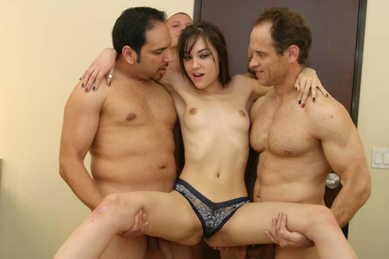 porno-sasha-grey-gruppa